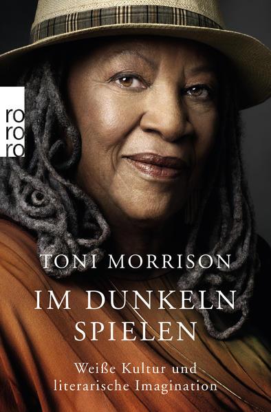 Im Dunkeln spielen als Taschenbuch von Toni Morrison