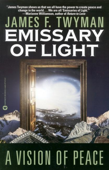 Emissary of Light: A Vision of Peace als Taschenbuch
