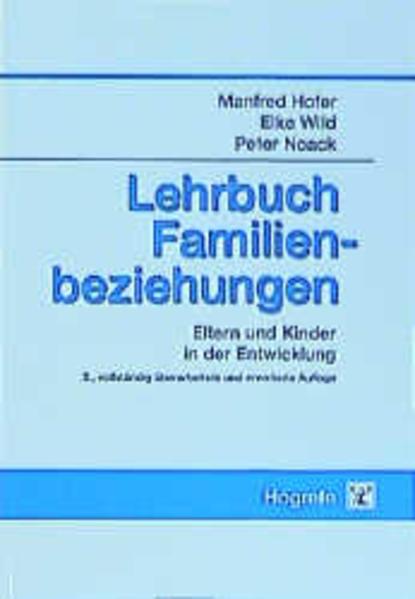 Lehrbuch Familienbeziehungen als Buch