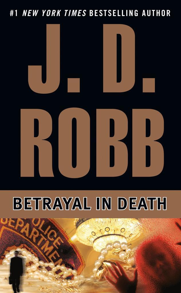 Betrayal in Death als Taschenbuch