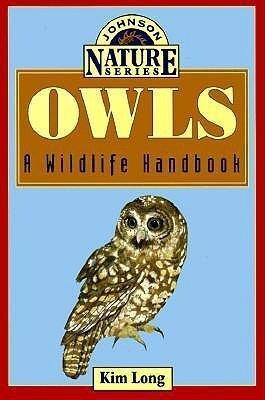 Owls: A Wildlife Handbook als Taschenbuch