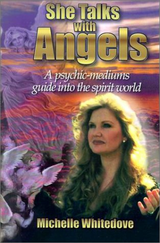 She Talks with Angels: A Psychic Mediums Guide Into the Spirit World als Taschenbuch