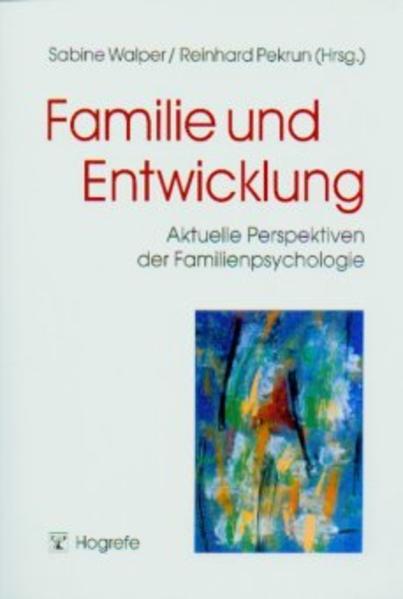Familie und Entwicklung als Buch