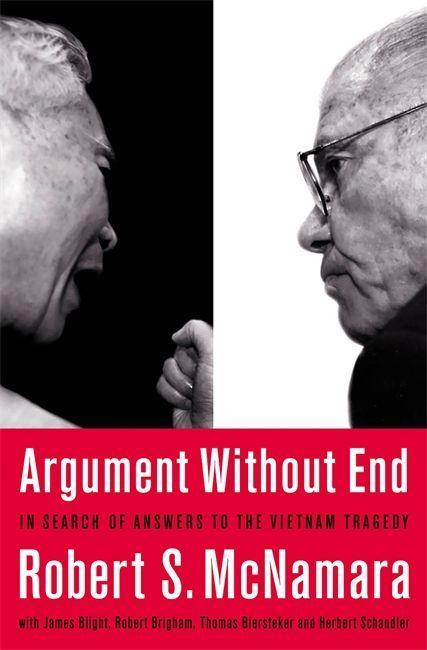 Argument Without End: In Search of Answers to the Vietnam Tragedy als Taschenbuch