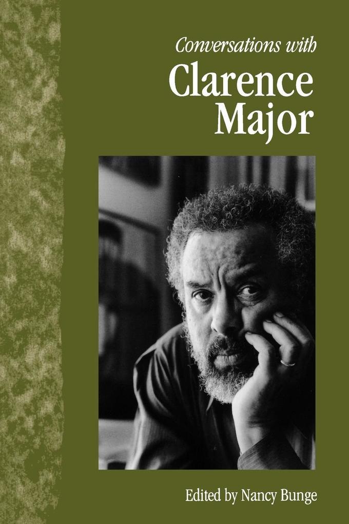 Conversations with Clarence Major als Taschenbuch
