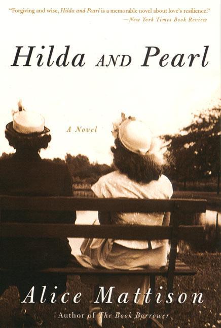 Hilda and Pearl als Taschenbuch