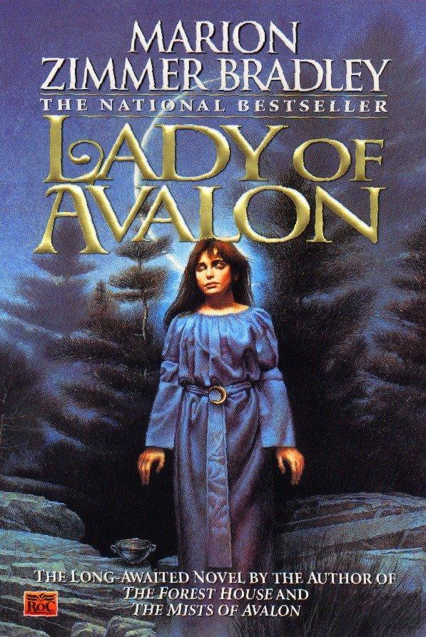 Lady of Avalon als Taschenbuch
