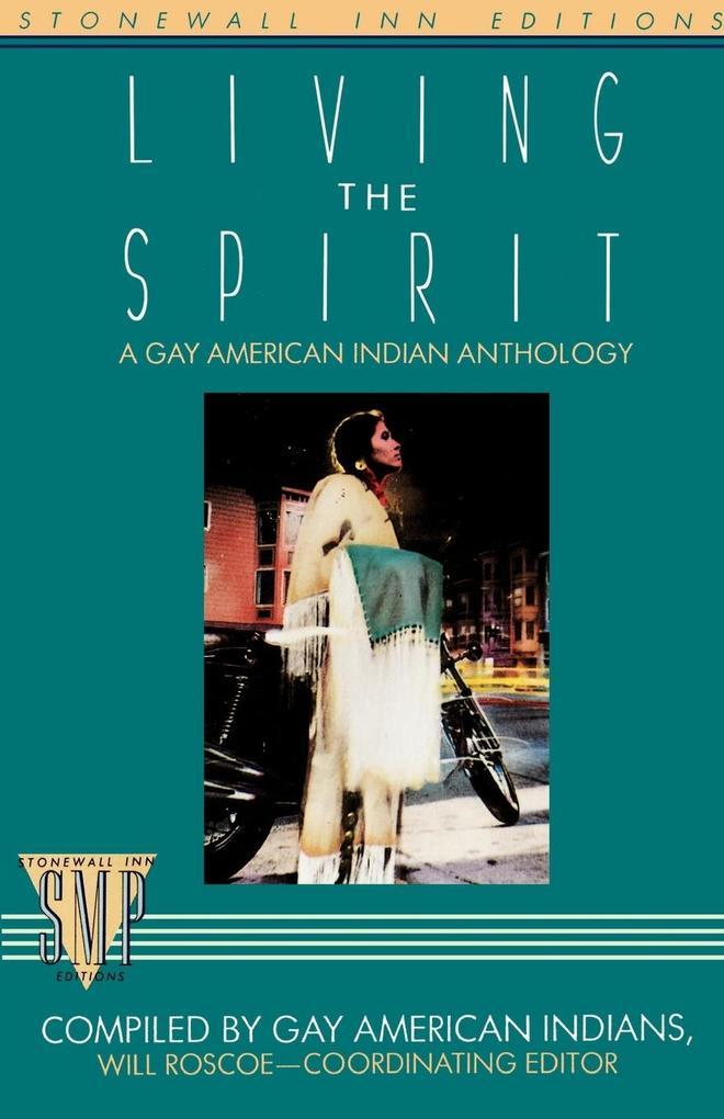 Living the Spirit als Taschenbuch
