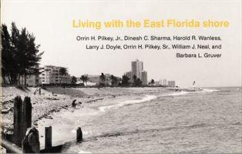 Living with the East Florida Shore als Taschenbuch