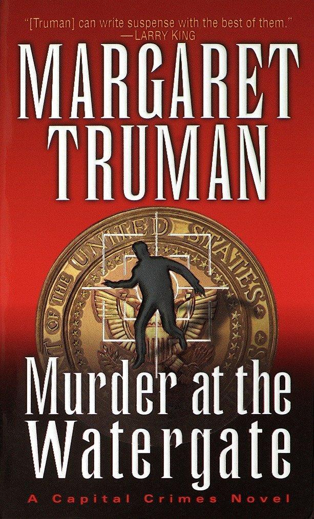 Murder at the Watergate als Taschenbuch