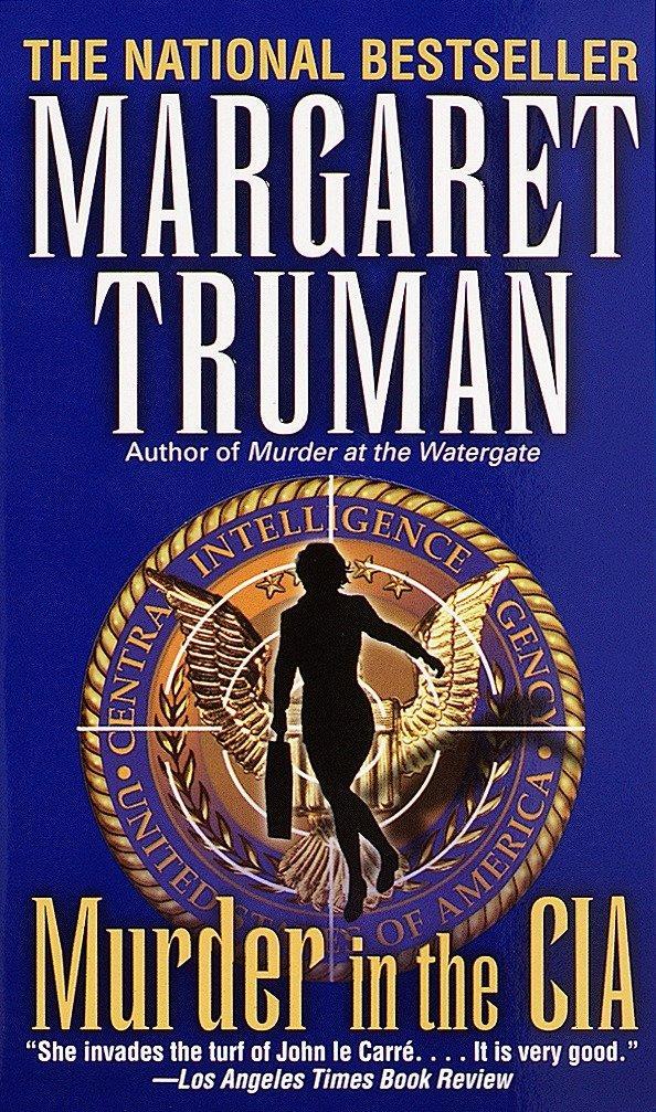 Murder in the CIA als Taschenbuch