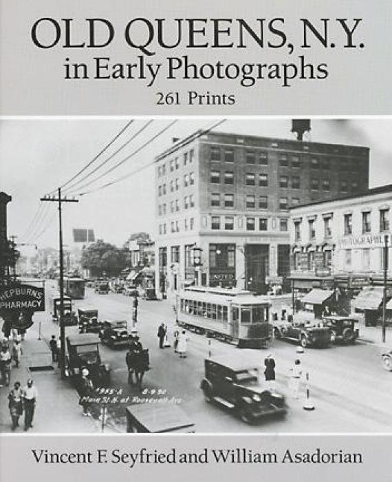 Old Queens, N.Y., in Early Photographs: 261 Prints als Taschenbuch