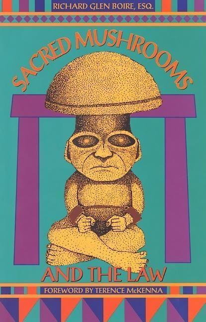 Sacred Mushrooms & the Law als Taschenbuch