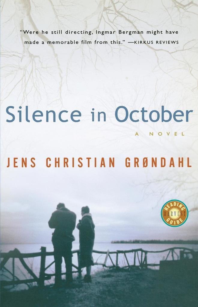 Silence in October als Taschenbuch