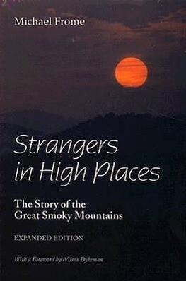 Strangers High, Exp Ed: Places als Taschenbuch