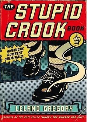The Stupid Crook Book als Taschenbuch