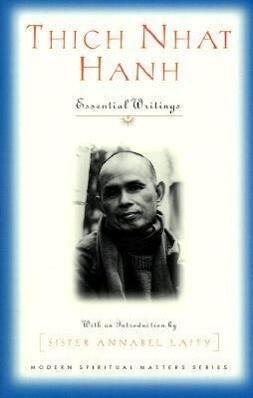 Thich Nhat Hanh: Essential Writings als Taschenbuch