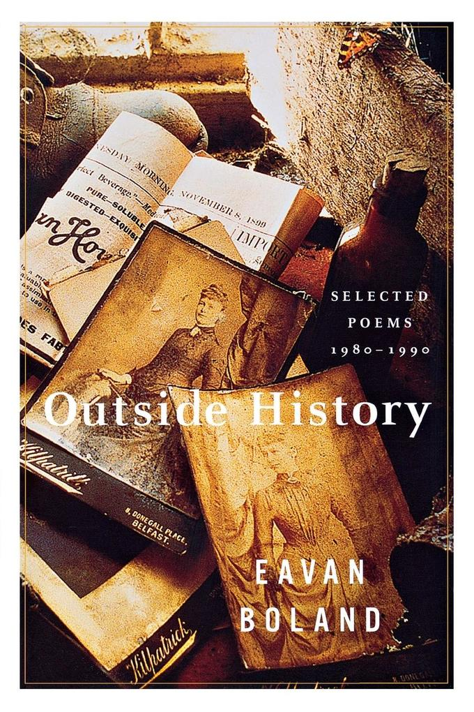 Outside History: Selected Poems, 1980-1990 als Taschenbuch