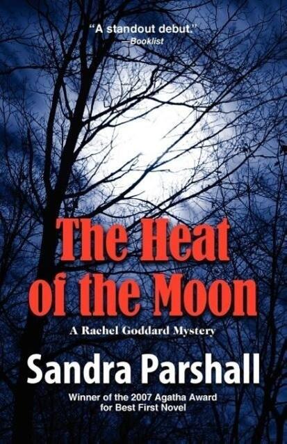 The Heat of the Moon: A Rachel Goddard Mystery als Taschenbuch
