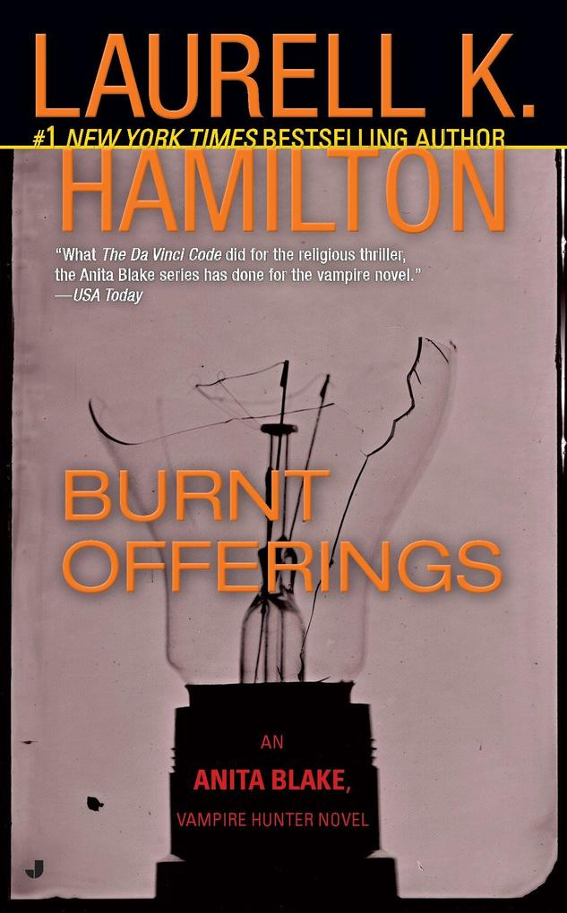 Burnt Offerings: An Anita Blake, Vampire Hunter Novel als Taschenbuch