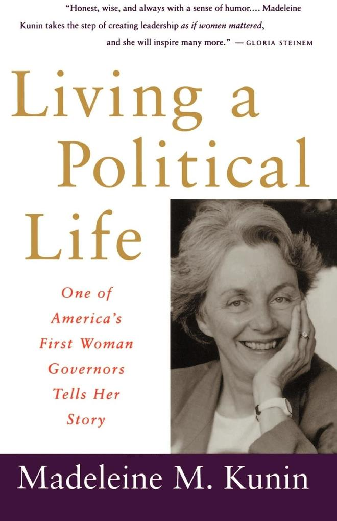 Living a Political Life als Taschenbuch