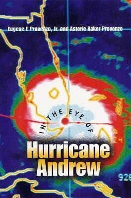 In the Eye of Hurricane Andrew als Buch