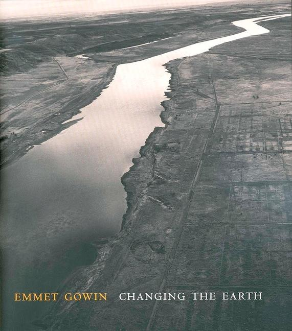 Emmet Gowin: Changing the Earth als Buch