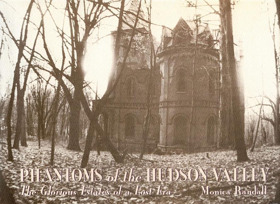 Phantoms of the Hudson Valley als Buch