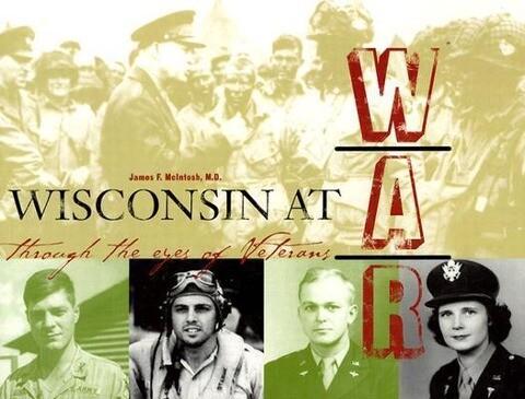 Wisconsin at War als Taschenbuch